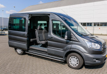 Personenbus huren - Ford Transit Kombi